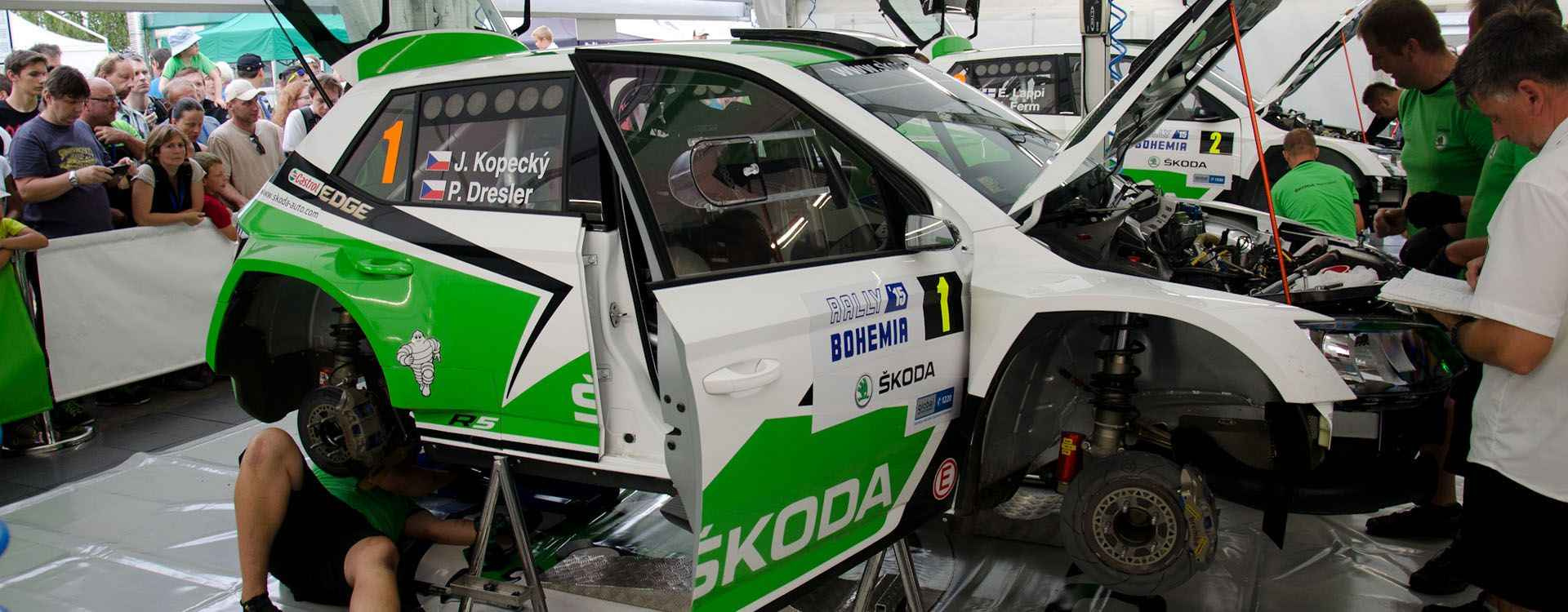 Jak se staví Cirkus ŠKODA Motorsport?