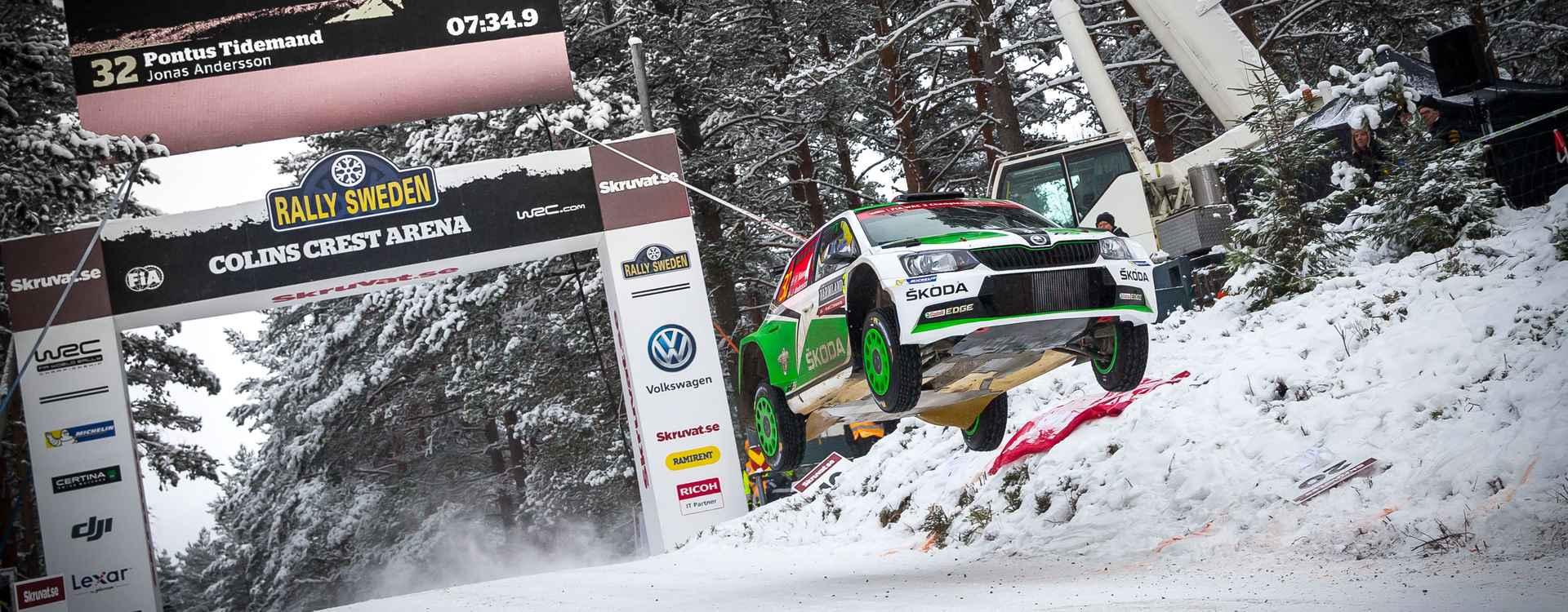 Švédská rally: Tidemand míří na domácím podniku na stupně vítězů