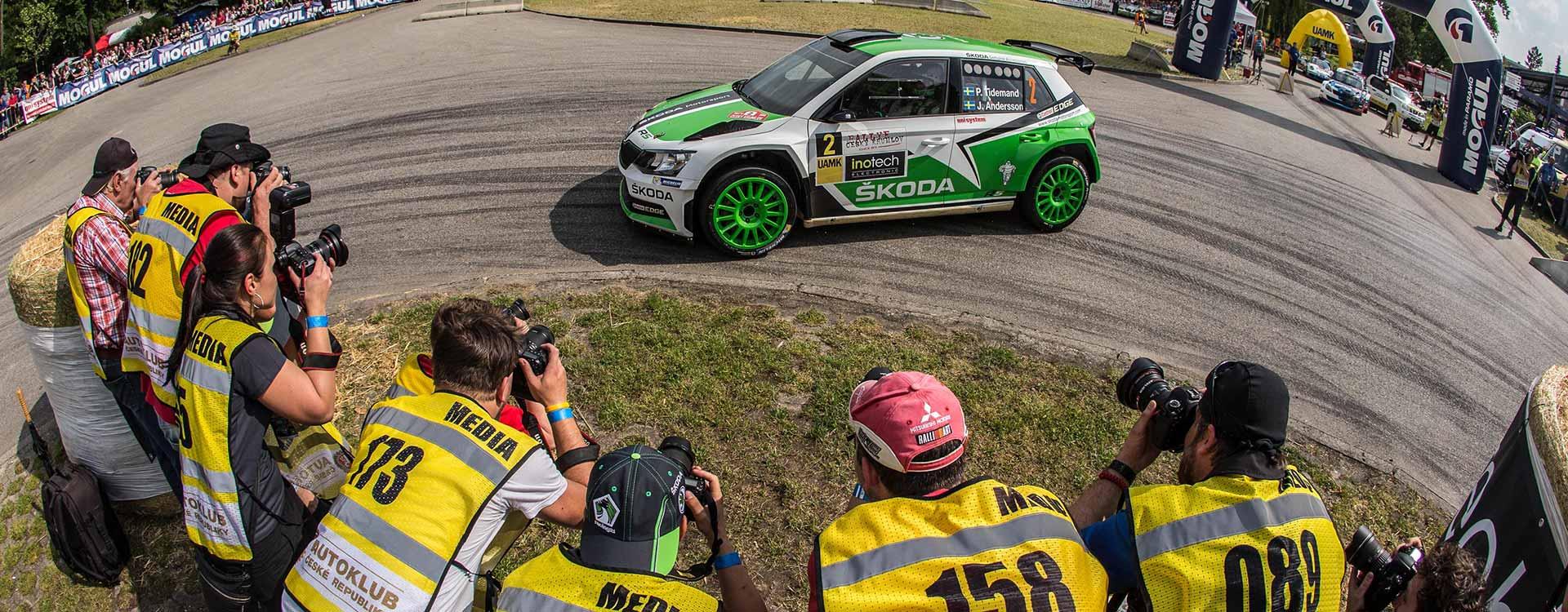 FOTO: Vozy ŠKODA Fabia R5 na Rallye Český Krumlov