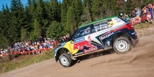 Juho Hänninen / Mikko Markkula, ŠKODA Fabia S2000, Red Bull Škoda. Neste Oil Rally Finland 2011