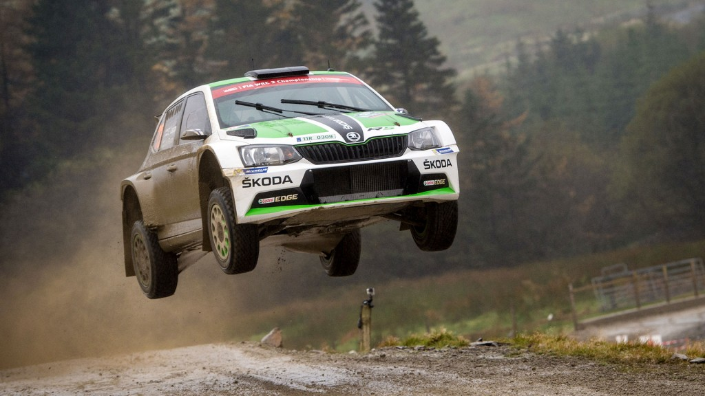 fog-rain-and-trees-the-british-rally-starts