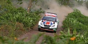 Andreas Mikkelsen / Ola Fløene, ŠKODA FABIA S2000, ŠKODA UK. Rallye Açores 2011