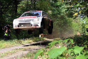 Ole Christian Veiby / Stig Rune Skjærmoen, ŠKODA FABIA R5, ŠKODA Team MRF. Rally Hokkaido 2017