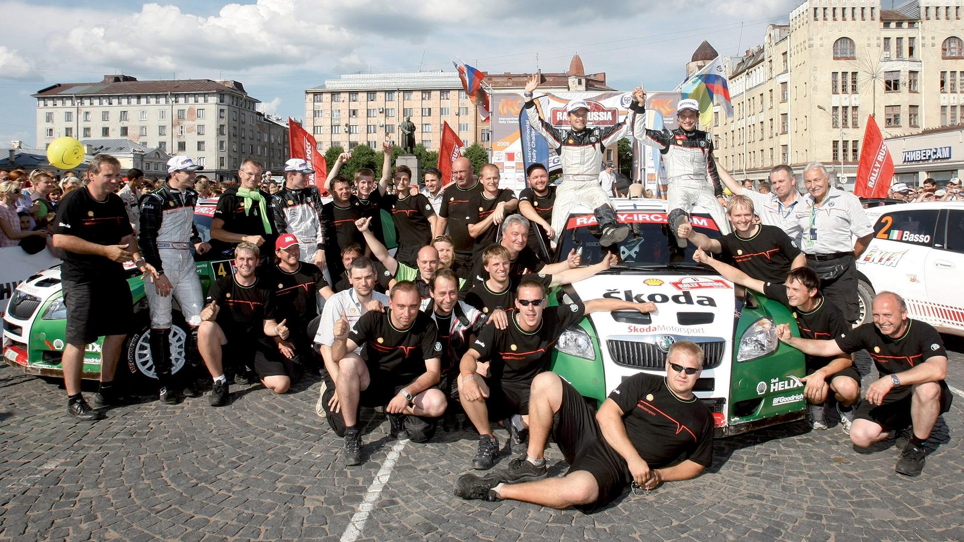 Juho Hänninen / Mikko Markkula, Jan Kopecký / Petr Starý, ŠKODA FABIA S2000, ŠKODA Motorsport. Rally Russia 2009