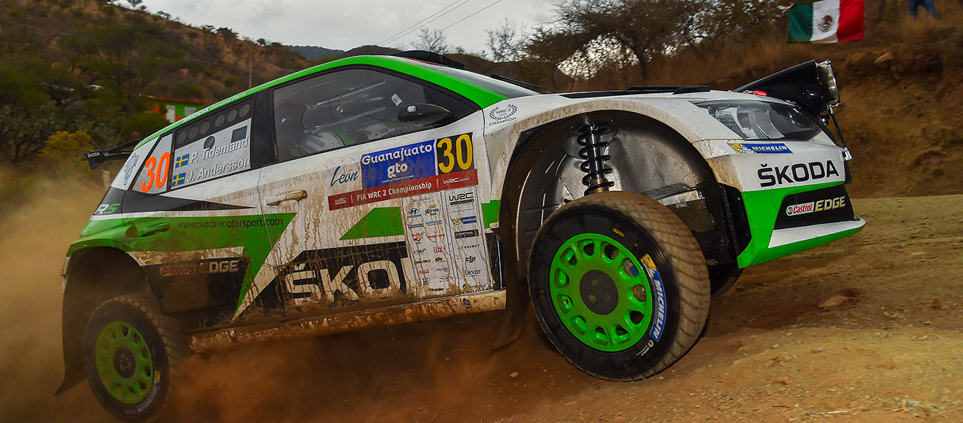 The reigning champion, the rising star and the local hero in a ŠKODA cars in Mexico