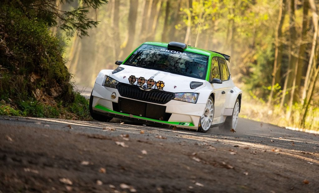 updated-skoda-fabia-r5-successfully-homologated-and-ready-for-competition