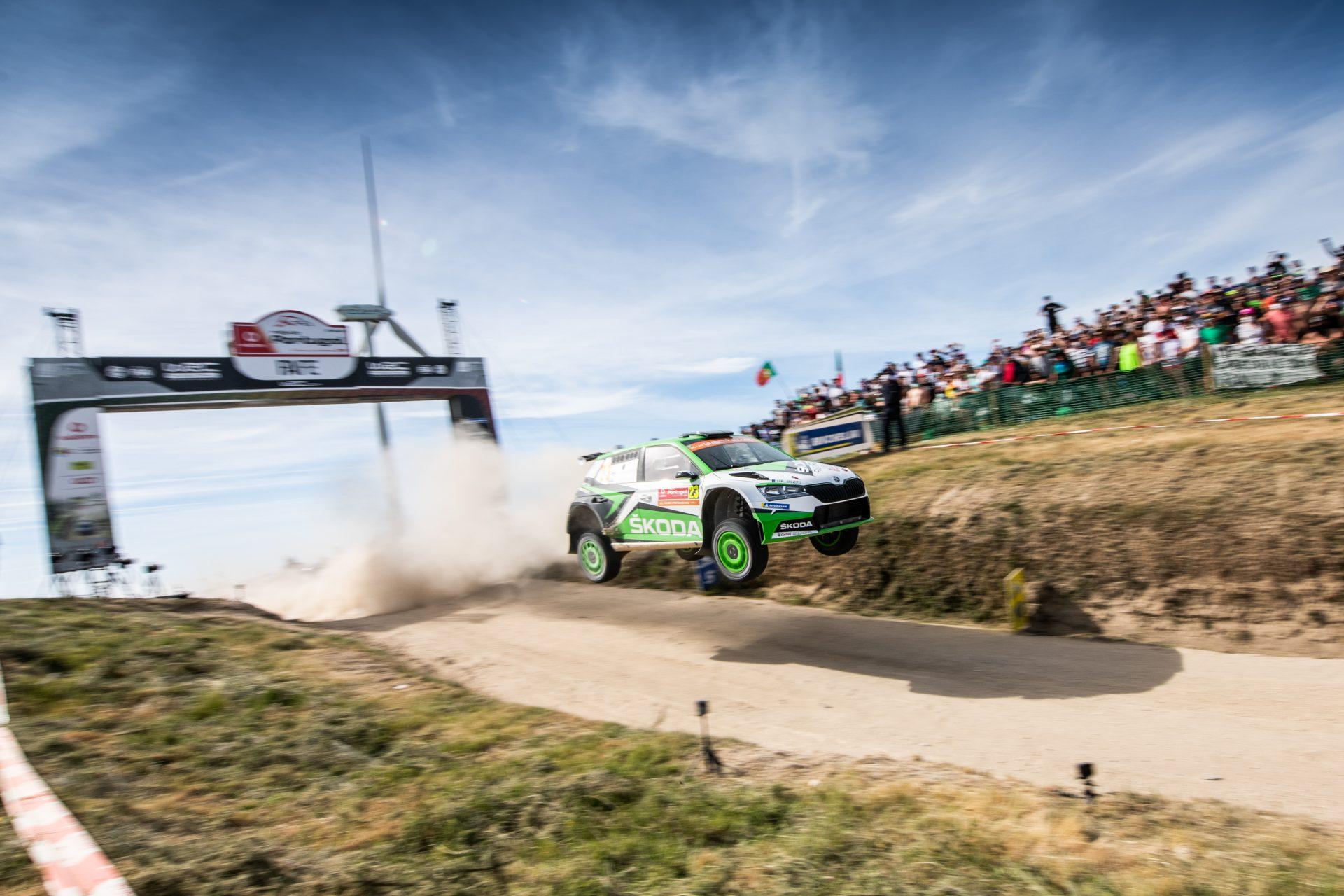 Slavná, ovšem zrádná písčitá šotolina | Rally de Portugal