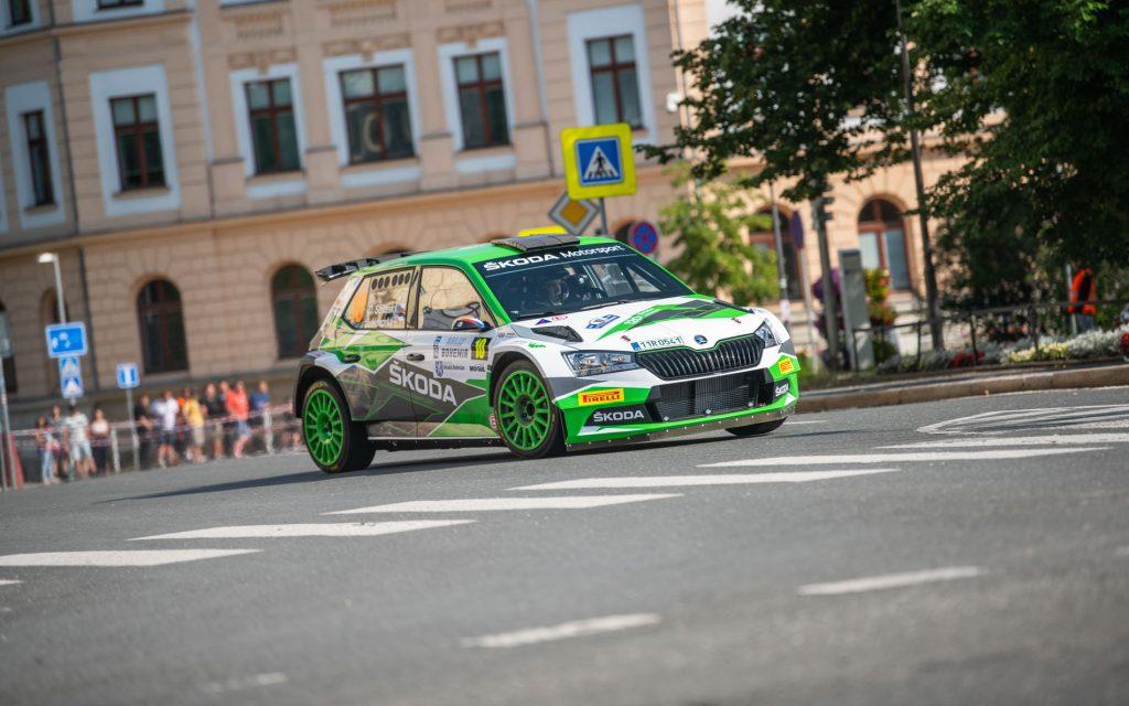 perfect-celebration-on-rally-bohemia