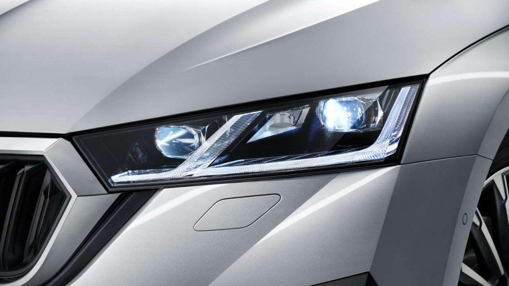 jak-reflektory-full-led-matrix-podnosza-bezpieczenstwo-podczas-zimowej-jazdy